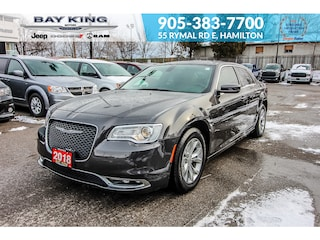 2018 Chrysler 300 300 Touring RWD Sedan