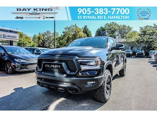 2020 Ram 1500 Heated Seats, Hitch, Panoramic SUN Roof Truck Crew Cab