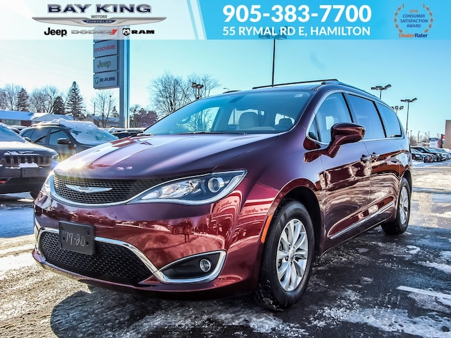 2018 Chrysler Pacifica DVD, Back UP CAM, Apple Carplay, Remote Start, BLU