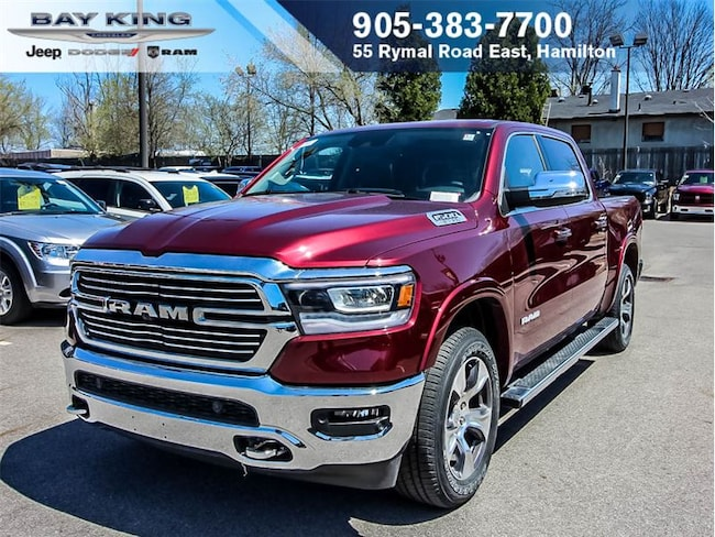 2019 Ram All-New 1500 Crew CAB, 4X4, Sunroof, NAV, Backup CAM, V8 Hemi Truck Crew Cab