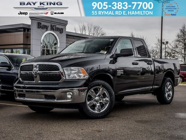 2019 Ram 1500 Classic SXT Plus, Trailer TOW, Back UP CAM, Bluetooth Truck Quad Cab