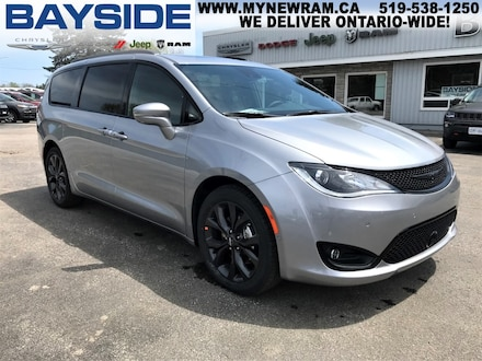 2019 Chrysler Pacifica Limited | NAV | BLUETOOTH Van