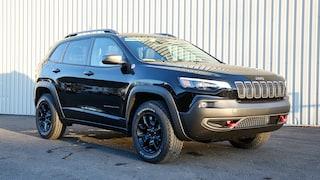 2020 Jeep Cherokee Trailhawk==V6==HITCH VUS