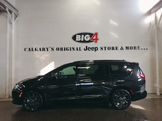 New 2019 Chrysler Pacifica Touring-L Plus Van 2C4RC1EGXKR643796 Calgary, AB