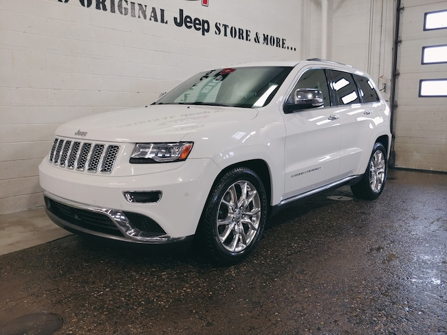 Used 2014 Jeep Grand Cherokee Summit EcoDiesel | Pano roof | hitch