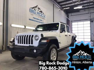 New 2020 Jeep Gladiator Sport S Truck Crew Cab for Sale in Hinton