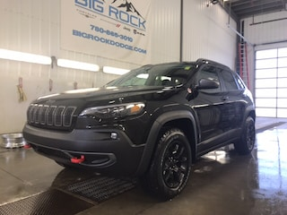 New 2019 Jeep New Cherokee Trailhawk Elite SUV for Sale in Hinton