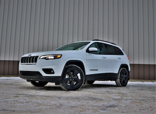 New 2019 Jeep New Cherokee Altitude SUV for Sale in Hinton