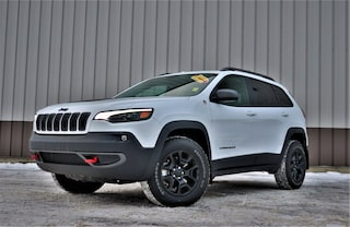 New 2020 Jeep Cherokee Trailhawk SUV for Sale in Hinton