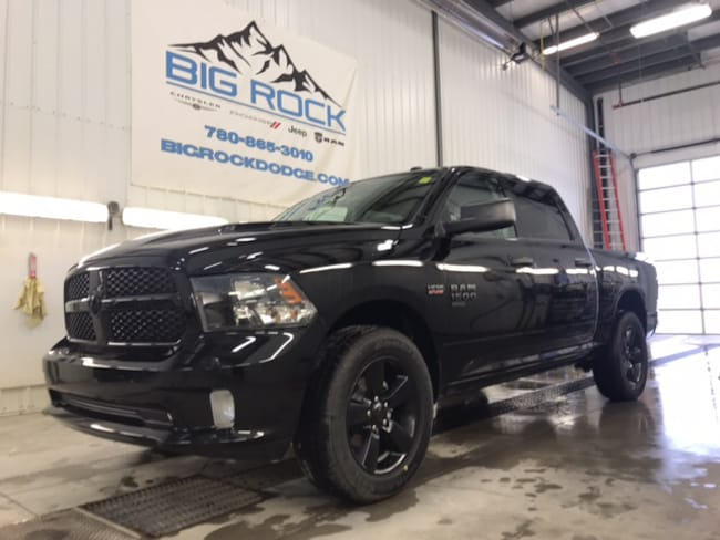 New 2019 Ram 1500 Classic Express Truck Crew Cab For Sale/Lease Honton, AB