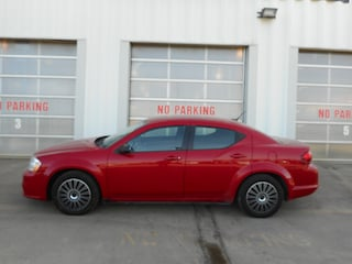 2013 Dodge Avenger SE| LADY OWNED| LOW KMS| CERTIFIED Sedan