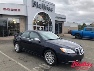 2011 Chrysler 200 Limited | HEATED SEATS | LOW KM | Sedan