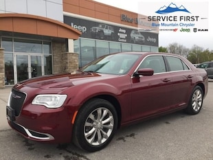 2018 Chrysler 300 Touring  - Navigation Sedan