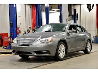 2013 Chrysler 200 * LX * A/C * Cruise * Groupe ÉLectrique * Berline