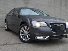 2019 Chrysler 300 Touring AWD Leather Berline
