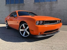 2014 Dodge Challenger SRT 6.4L Manual Transmission Coupe