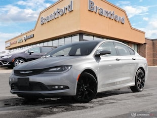 2015 Chrysler 200 4DR SDN FWD - $128 B/W Sedan
