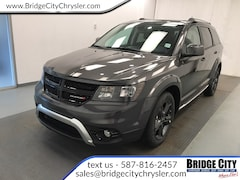 2019 Dodge Journey Crossroad- NAV- Leather- Power Sunroof! SUV
