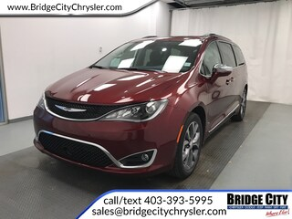 2019 Chrysler Pacifica Limited- NAV- Adv Safety- Trailer Tow! Van