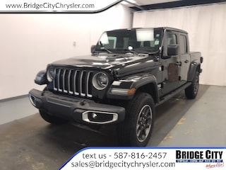 2020 Jeep Gladiator Overland- NAV- Adv Safety- LED Lights- Tailer Tow! Truck Crew Cab