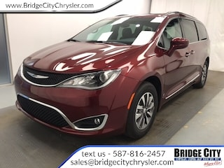 2020 Chrysler Pacifica Touring-L Plus 35th Anniversary Edition-8.4