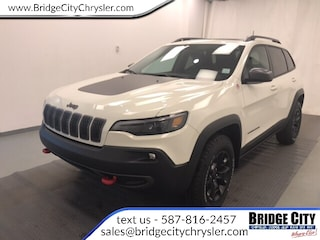 2019 Jeep New Cherokee Trailhawk- NAV, Safety Tec, Sunroof! SUV