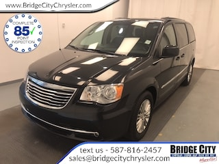 2015 Chrysler Town   Country Touring - Power Doors & Lift Gate Minivan