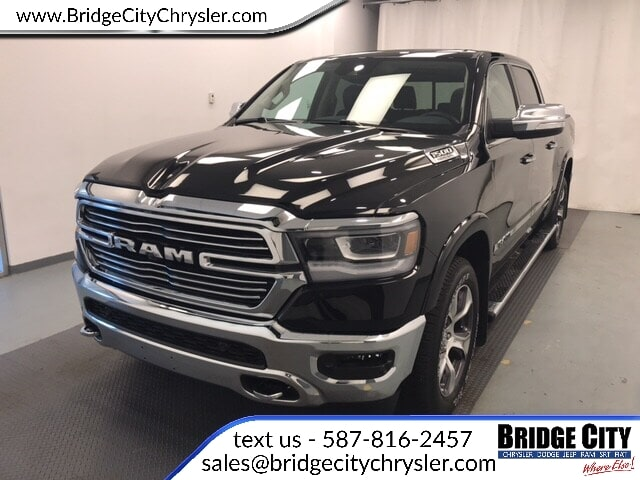 2019 Ram All-New 1500 Laramie Camion cabine Crew V-8 cyl