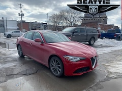 2018 Alfa Romeo Giulia Base NAV/ SUNROOF/ AWD Sedan