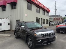 2017 Jeep Grand Cherokee Limited LEATHER/ SUNROOF/ BACKUP CAMERA SUV