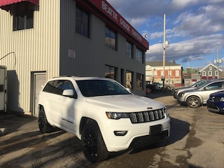 2018 Jeep Grand Cherokee Altitude 4x4/ LEATHER/ PARK ASSIST/ BLUETOOTH SUV