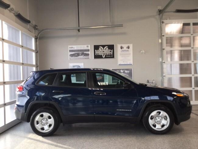 2018 Jeep Cherokee Sport FWD SUV