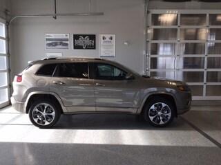 2020 Jeep Cherokee Overland 4x4 SUV