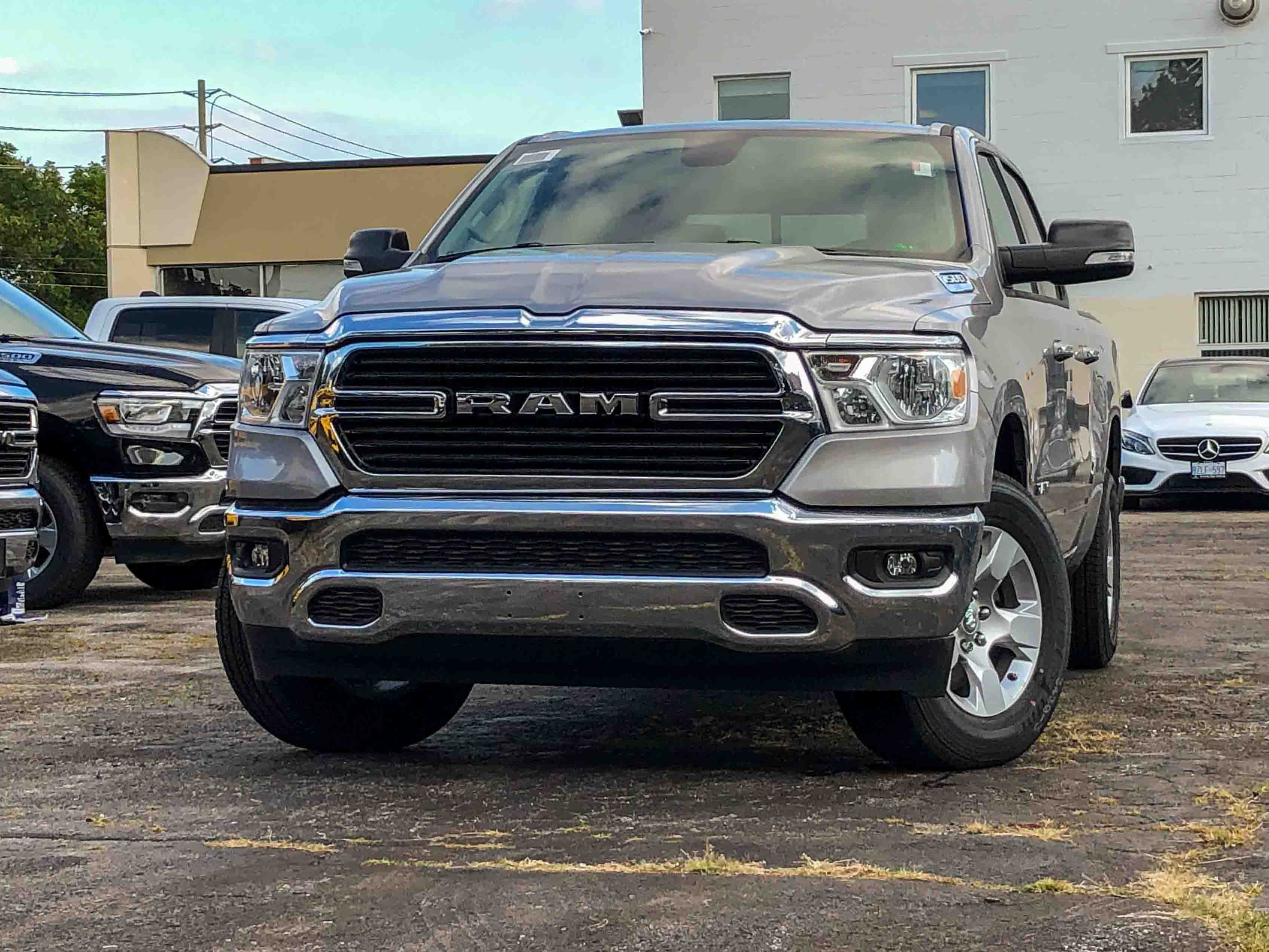 2019 Ram All-New 1500 BIG HORN | 3.6L V6 | HITCH | 3-FOLD TONNEAU Camion cabine Crew