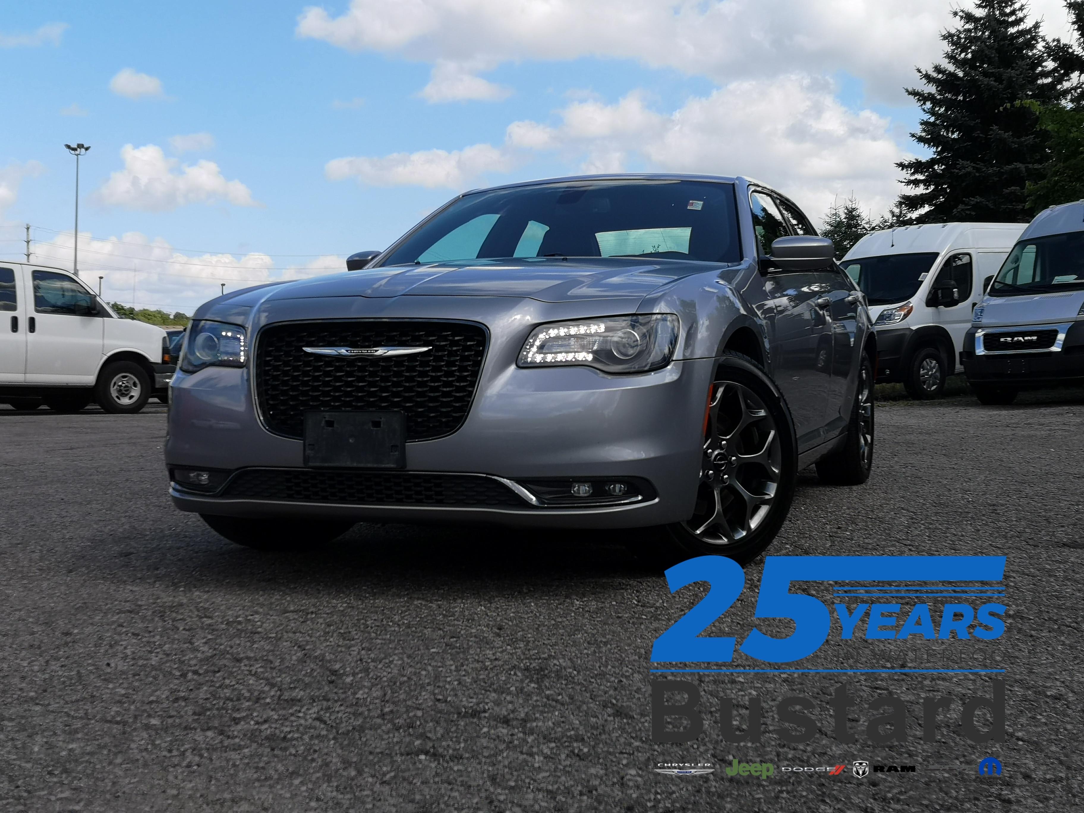 2018 Chrysler 300 S | AWD | APPLE CAR PLAY | HEATED SEATS  Sedan