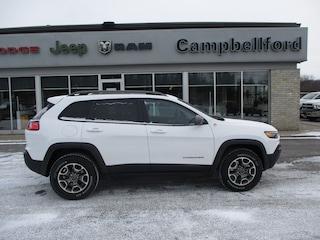 2020 Jeep Cherokee Panoramic Sunroof Trailer Hitch Ventilated Seats SUV