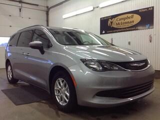 2017 Chrysler Pacifica LX | 3.6L | FWD | Hands Free Van Passenger Van