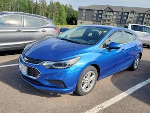 2017 Chevrolet Cruze LT! Alloys! Heated Seats! Backup CAM! Carplay! USB Hatchback