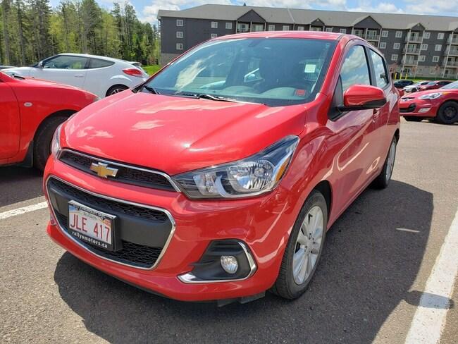 2017 Chevrolet Spark 1LT CVT- LOW KM! Bluetooth!  Backup CAM! Hatchback