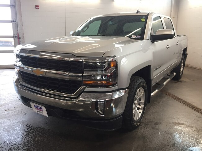 2017 Chevrolet Silverado 1500 LT - 4X4! Backup CAM! Heated Seats! Hitch! Truck Crew Cab