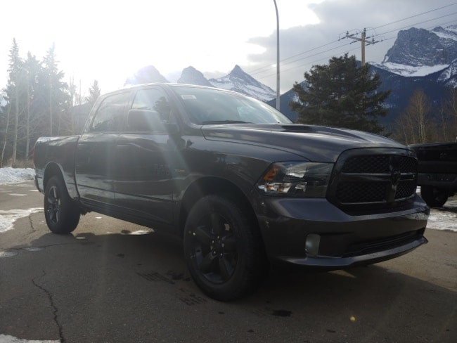 DYNAMIC_PREF_LABEL_AUTO_NEW_DETAILS_INVENTORY_DETAIL1_ALTATTRIBUTEBEFORE 2019 Ram 1500 Classic EXPRESS NIGHT FACEBOOK SPECIAL DYNAMIC_PREF_LABEL_AUTO_NEW_DETAILS_INVENTORY_DETAIL1_ALTATTRIBUTEAFTER