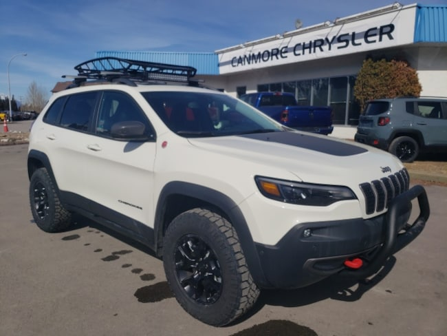DYNAMIC_PREF_LABEL_AUTO_NEW_DETAILS_INVENTORY_DETAIL1_ALTATTRIBUTEBEFORE 2019 Jeep New Cherokee Trailhawk Elite Facebook Special DYNAMIC_PREF_LABEL_AUTO_NEW_DETAILS_INVENTORY_DETAIL1_ALTATTRIBUTEAFTER