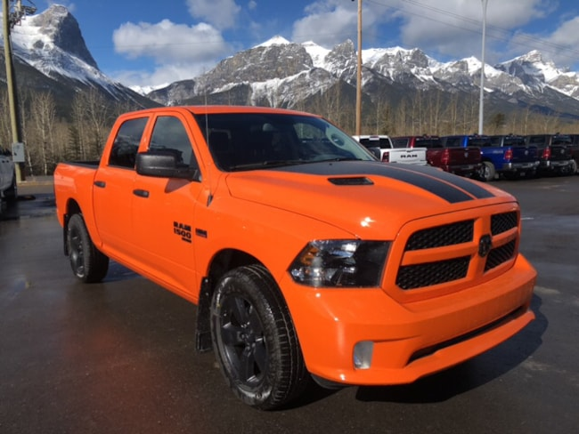 DYNAMIC_PREF_LABEL_AUTO_NEW_DETAILS_INVENTORY_DETAIL1_ALTATTRIBUTEBEFORE 2019 Ram 1500 Classic IGNITION ORANGE FACEBOOK SPECIAL DYNAMIC_PREF_LABEL_AUTO_NEW_DETAILS_INVENTORY_DETAIL1_ALTATTRIBUTEAFTER