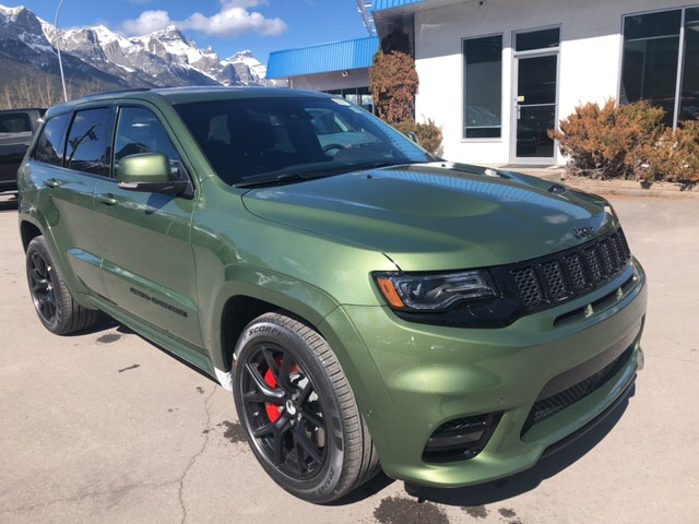 Grand Cherokee Srt For Sale >> New 2019 Jeep Grand Cherokee Srt F8 Green Metallic Adaptive Cruise Pano Roof Br Stk 19 7612 For Sale In Canmore Near Calgary Alberta Canmore