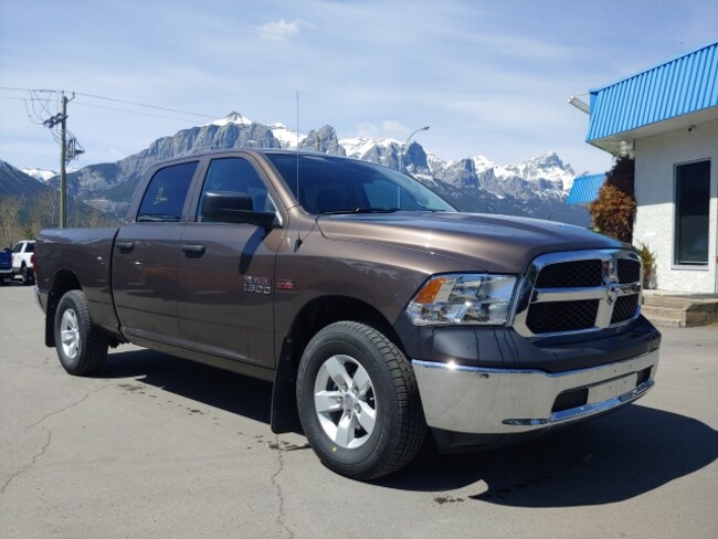 DYNAMIC_PREF_LABEL_AUTO_USED_DETAILS_INVENTORY_DETAIL1_ALTATTRIBUTEBEFORE 2018 Ram 1500 SXT Long box as new  DYNAMIC_PREF_LABEL_AUTO_USED_DETAILS_INVENTORY_DETAIL1_ALTATTRIBUTEAFTER