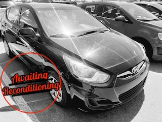 2013 Hyundai Accent GL Hatchback