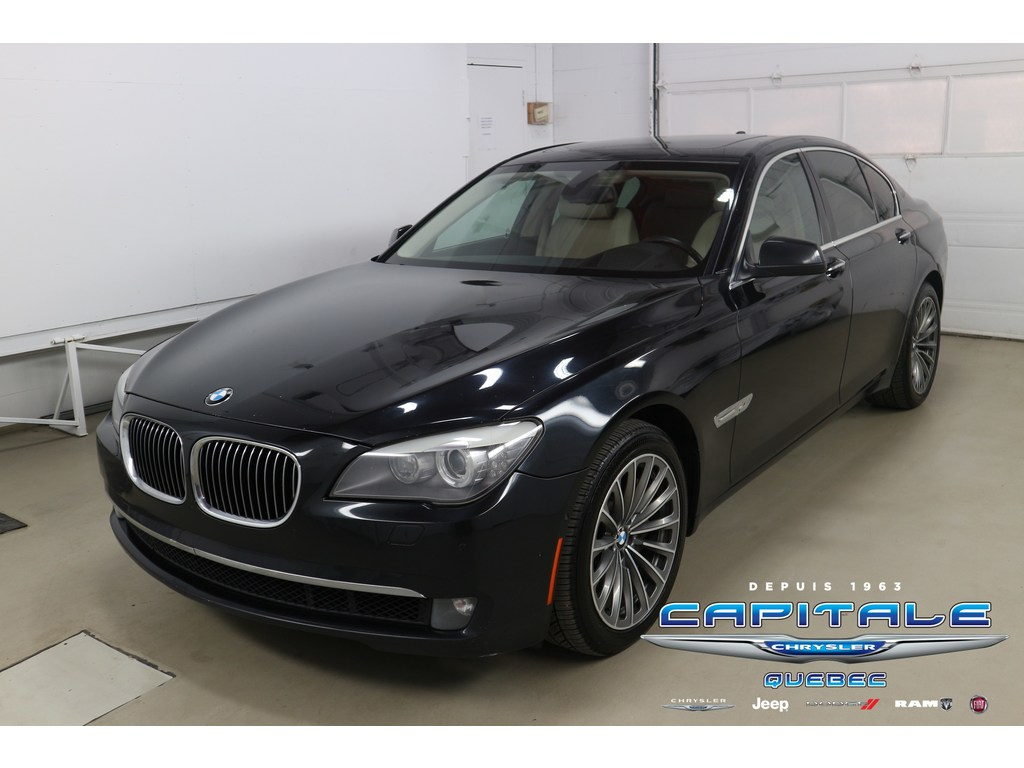 2010 BMW 7 Series Xdrive AWD *Twin Turbo* Berline