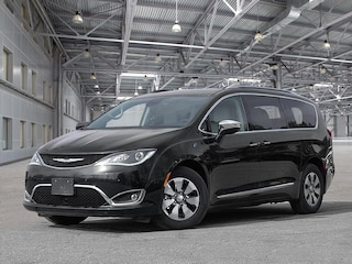 2020 Chrysler Pacifica Hybrid Limited 35th Anniversary Edition Van