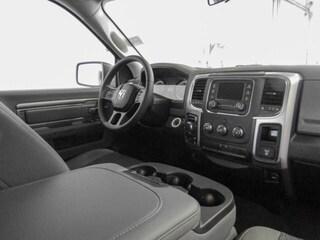 2019 Ram 1500 Classic SLT Truck Crew Cab