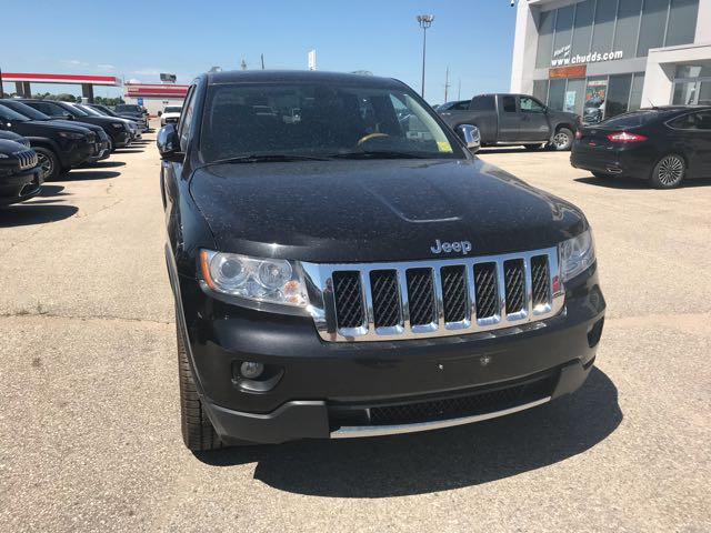 Featured Used 2011 Jeep Grand Cherokee OVERLAND 4WD SUV for sale near you in Gimli, MB